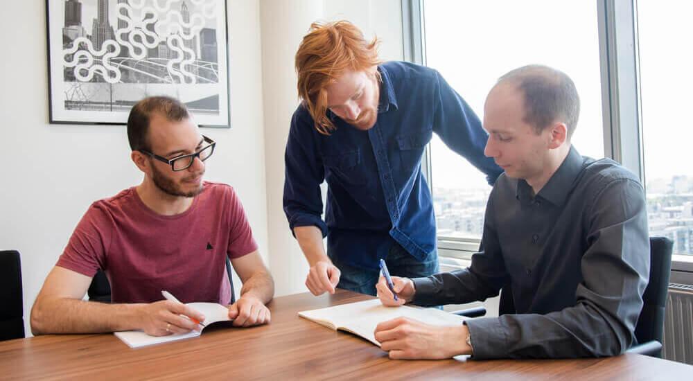 angol anyanyelvű tanár üzleti angol tanfolyamot tart Budapesten