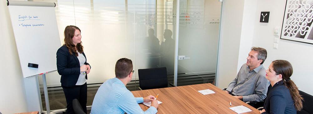 üzleti angol fontos a nemzetközi munkakörnyezetben való boldoguláshoz