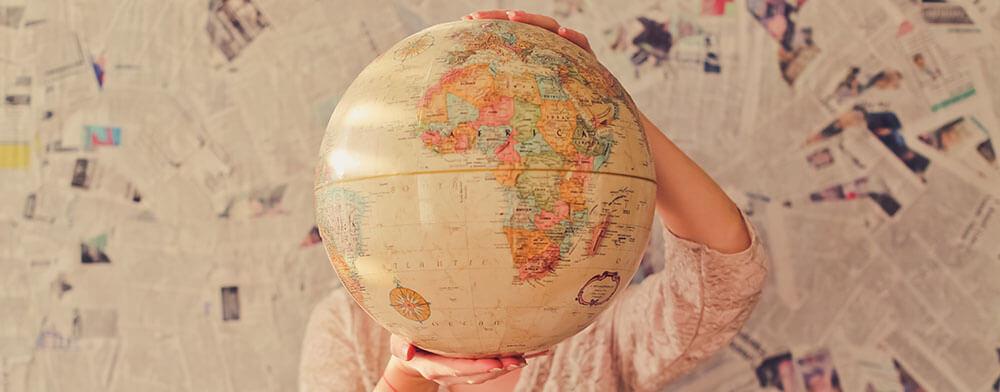ma a kereskedés, az üzleti világ átnyúlik a határokon. - mennyit ér a nyelvtudás és a nyelvvizsga cikk - nyelvvizsga és nyelvtudás értéke