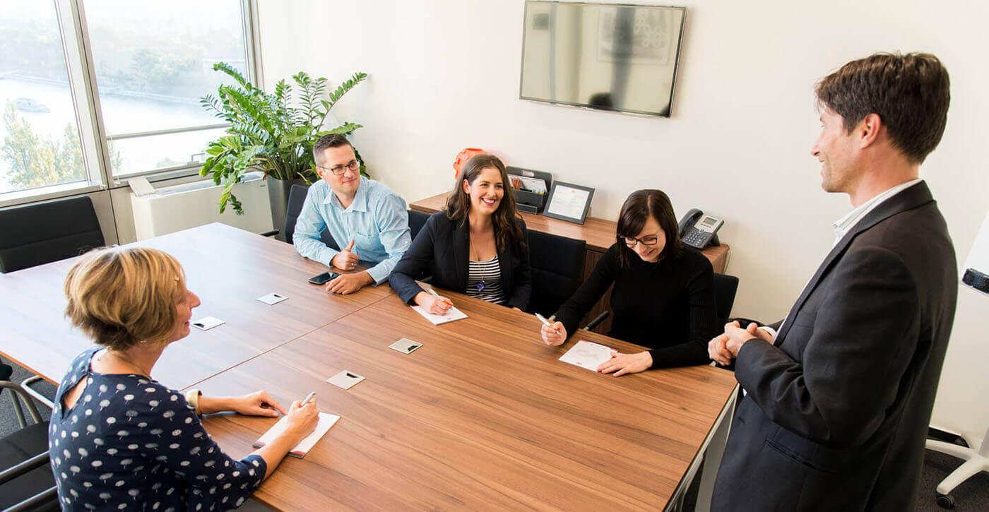 Kommunikációs Dopping beszédközpontú üzleti angol nyelvtanfolyam